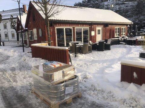 KLare: Pål Jahnsen på Tvedestrand Fjordhotell har kjøpt inn nok varer til Uke9. - VI er forberedt, sier han til Tvedestrandsposten.