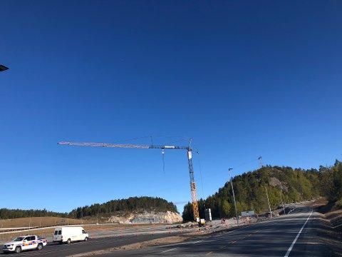 Arbeidene på veiserviceanlegget på Grenstøl er i gang.