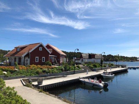 Knutepunkt: Hagefjordbrygga ligger på Borøya, og er knutepunktet for alle som skal over med rutebåt til Sandøya.