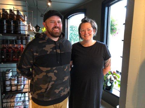 Samboere: Janne Lindland og Erlend Myhren er samboere. Erlend driver Bonzo Bakeri, og Janne driver Bonzo Café.
