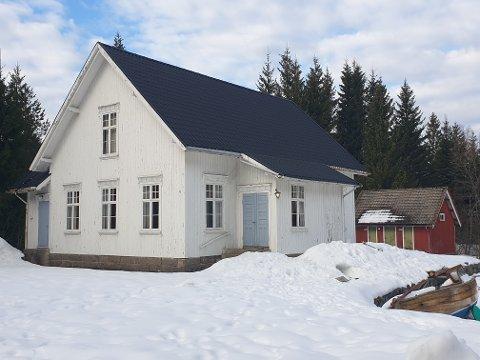 Grendehuset på Nærestad har i mange år vært brukt til forskjellige arrangementer i bygda, som basarer og juletrefester.