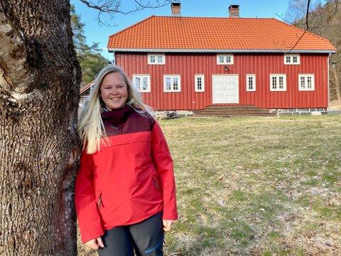STOR PROSJEKT: Som 19-åring kjøpte Miriam Aanonsen den gamle arbeiderboligen på Søndeled. Flere år og utallige arbeidstimer senere kunne hun flytte inn. Foto: Ole Henrik Hansen