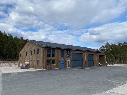 Nytt bygg: Byggmester Olstad holder nå til her på Engenes.
