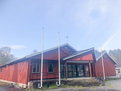 I disse dager er det 10 år siden butikken på Engene på Ubergsmoen la ned.  De siste seks årene har det ikke vært noe initiativ for å få i gang ny virksomhet her.
