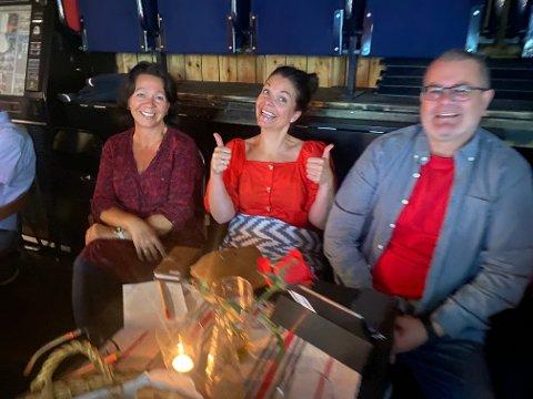 Line Skavnes, Inger Britt Ustad og Tore Ustad var fornøyde med valgresultatet.