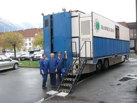 Mammografibussen: Bussens eksistens var truet i 2017, men er besluttet videreført - og kvinner i grisgrendte strøk i Valdres slipper ekstra lang reisevei til sykehuset i Lillehammer.