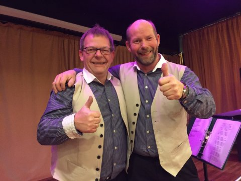 Stubbad`n med Arne og Arild Nygård spilte under juleballet til Nord-Audal ungdomsskole onsdag kveld.