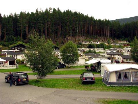Brannsikker camping: Også når man nyter campinglivet sommerstid, må man huske å brannsikkerheten.