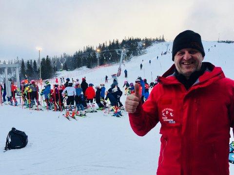 Aurdal: - Vi har hatt 7.200 besøkende i Valdres alpinsenter i påska, forteller daglig leder Harald Kullhuset.