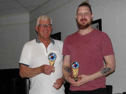 Klubbmeisterskap: Sølvvinnar Kim Andre Nyland til høgre og bronsevinnar Arne Øygard (74 år) til venstre.
