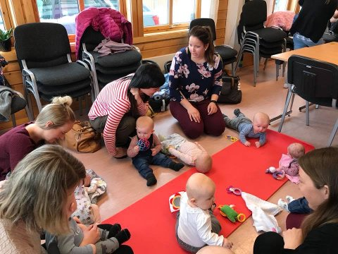 Babyer fra hele Valdres dukket opp på første treff. Nå håper Frivilligsentralen på minst like godt oppmøte til torsdag.