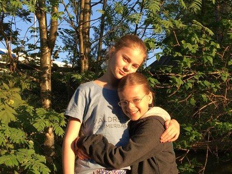 Ballettsøstre: Søstrene Amalie og Sigrid er klare for mye ballett i sommer.