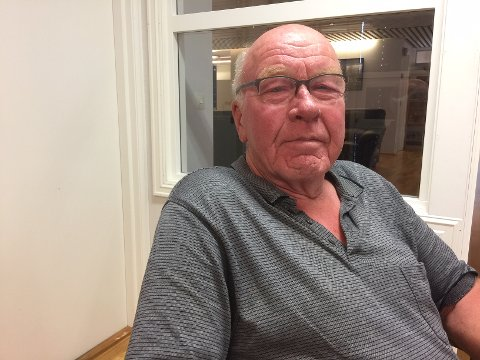Reidar Hermundsplass ble provosert over hvitstripen som er kommet.