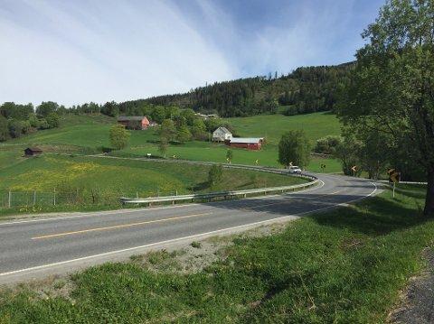 På den 42 kilometer lange E16-strekningen mellom Fagernes og Øylo skal Vegvesenet i samspill med entreprenør utarbeide løsninger som gir mest mulig utbedret veg for de 500 millioner kronene som er satt av til prosjektet.
