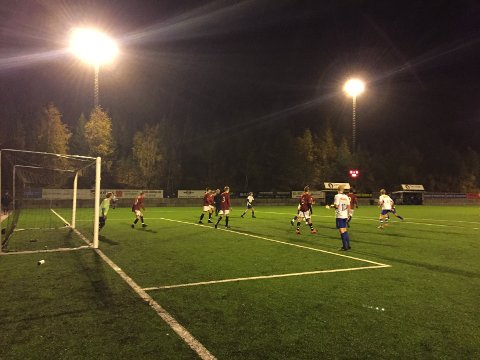 Heimekamp: Det ble tap for de røde Valdres FK onsdag mot Follebu/Gausdal.