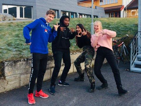 Band: The Realm med Luka Dominik Vladovic (f.v.), Romeo Nakimana, Emma Louise Kumar, Marit Ingeborg Garvik.