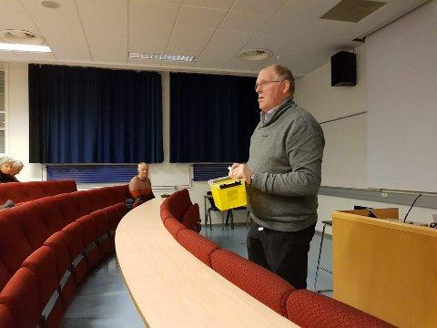 Info: Ansvarleg Torkjell Haugen orienterte om at dei deltakarane som er kvalifiserte for krus med Skaget-bilete på kan hente krusa på turistkontoret på Fagernes frå tidleg i desember.