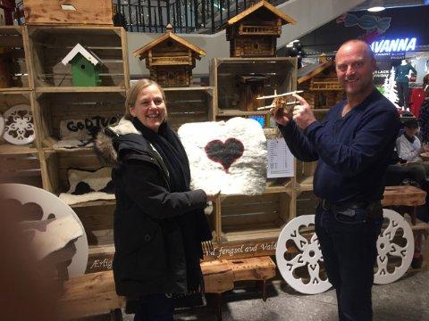 Anne Knutsen fra fengselet og Bård Slette fra Amfi Valdres gleder seg stort over samarbeidet.