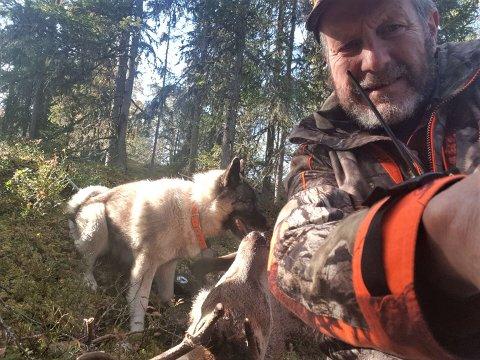 JEGER OG GRUNNEIER: Søraurdøl Ole Arne Øyhus har ikke tro på at det er mange som vil benytte seg av de utvidede jaktidene på hjort og elg, av flere årsaker.