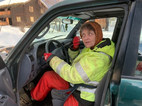 Toril Sebu er tilbake bak rattet i dag, lørdag.  Ny Volvo venter i jobben som drosjesjåfør.