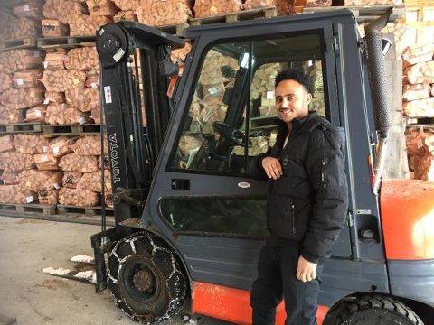 Med trucksertifikatet på innerlomma, håper Kalab å finne noen som han gi ham en sommer- eller helgejobb som gir ham muligheten til å praktisere sine nye ferdigheter, og grunnlag for å utvide truck-beviset. Foto:Nord-Aurdal læringssenter