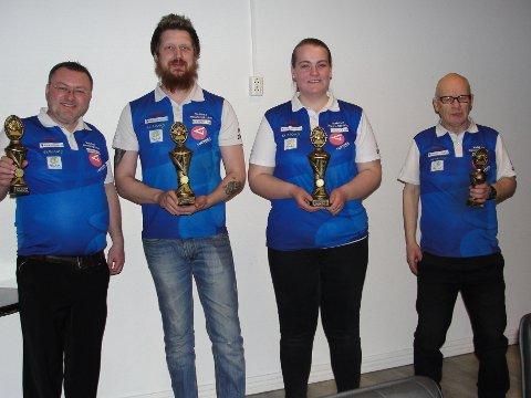 Klubbmesterskap: De beste i årets klubbmesterskap i Valdres Bowlingklubb ble fra venstre sølvvinner Thomas Kåre Hamre, klubbmester Kim Andre Nyland, jubiormester Cathrine Hådem og bronsevinner Arild Strande.