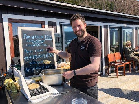 Portervaffel: Kristian Belsheims egne oppskrift på vafler, havregryn og porter.