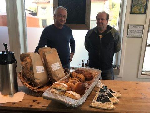 Bakstfjøla: Bakeriet i Bagn leverer brødbakst til Bakstfjøla på Dokka. Slik får de også mer produksjonsaktivitet i hverdagene.