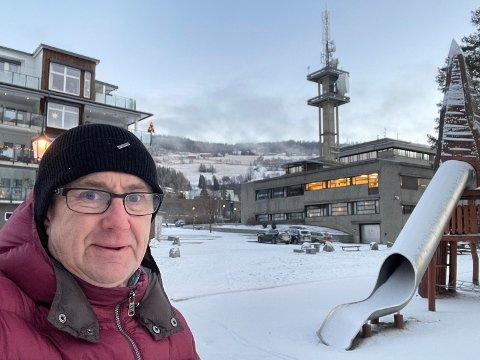 Dekningsdirektør Bjørn Amundsen i Telenor under denne ukens målinger i Fagernes sentrum.