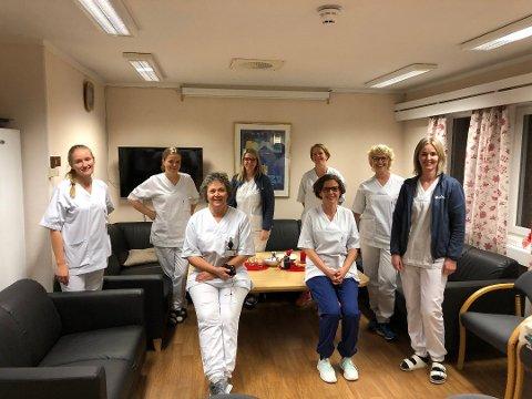 Sykepleierne i Nord-Aurdal fortsetter å ringe alle over 65 år i dag.