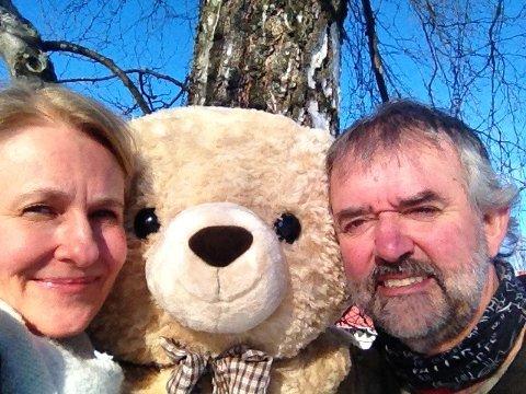 ysdag 25. februar  blir det familiekonsert med Bente Hemsing og Stein Villa.