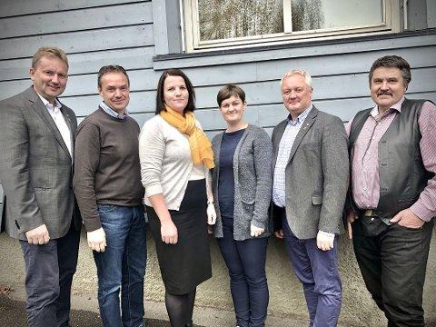 Krever krisepakke: Ordførerne i valdreskommunene har skrevet et felles brev til samferdselsminister Knut Arild Hareide.