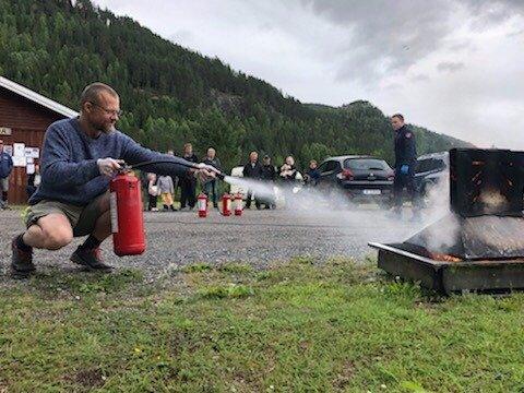 Fikk slukkeansvar: Campinggjest Bjørn Honningdal-Brun fikk ansvaret for å slukke brann på Morudstranda Kolonicamping.