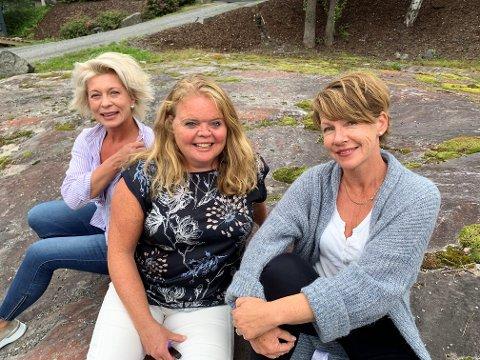 Tone Ranheim (midten) skal styrke laget i Valdres næringshage, her sammen med Karianne Borchgrevink,  (.f.v.) og Hilde Tveiten Døvre.