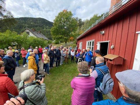 Smed: Johansen-smia var i bruk til langt utpå 1980-tallet, fortalte Kjell Ivar Fossnes. Det var da Johan Johansen som var den siste smeden.