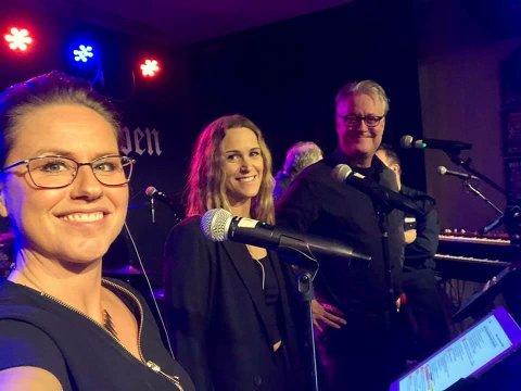 SYNGERIFLAMMEN:Vokalister i Session; f.v. Susann Sundquist, Charlotte Isabell Nilsen og Egil Hjorteset.