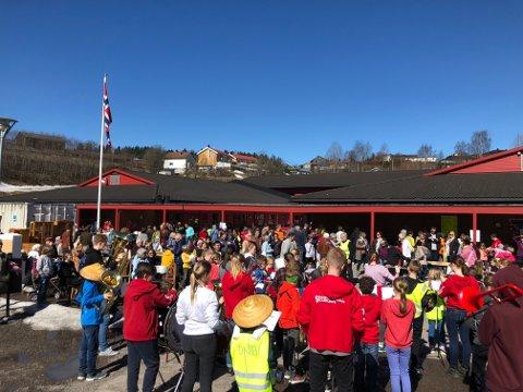 Til helge er det igjen duket for loppemarked på Ulverud skole i regi av Søndre Nittedal skolekorps.