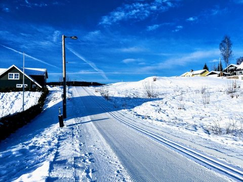 GÅAVSTAND:De nye selvbyggertomtene i Kruttverket ved Sagerudveien har særdeles kort vei til skiløype og barnehage.