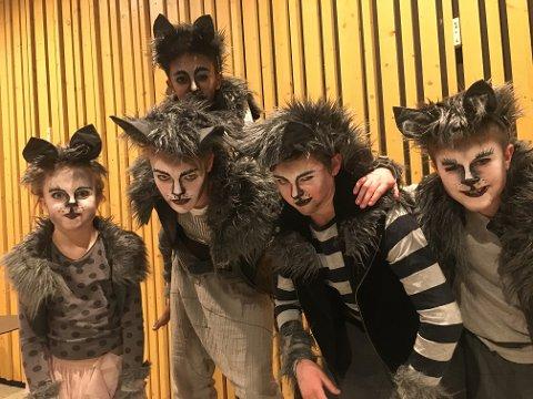 ALDERSSPENN: I Trollskogen lager de yngste til de eldste forestilling sammen og det satses på å bygge relasjoner skuespillerne imellom.