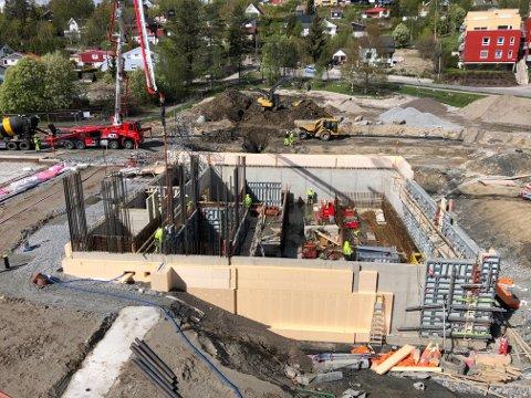 TAR FORM: Byggearbeidene ved nye Nittedal ungdomsskole er i rute.