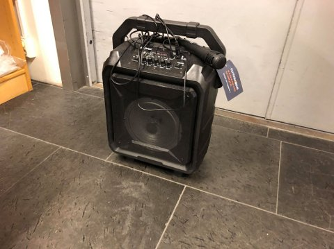 GJENGLEMT: En reisende på Oslo lufthavn har den siste uken vært uten karaokelanlegget sitt.