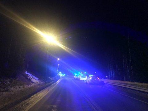 To biler kolliderte på riksveg 4 ved Eina søndag kveld.