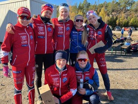HADDE DET GØY: Det var god stemning blant bygdas løpere. Bak fra venstre Ida Mikkonen, Mathea Weydahl Andersen, Mina Jacobsen Sjue, Liva Lynghammar (HIL) og Eline Skaar. Foran Oda Skari (t.v.) og Lilly Grindstad.