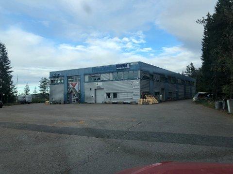 SOLGT: Næringseiendommen i Morteveien 6 på Holum Skog har skiftet eier for nær 40 millioner kroner.