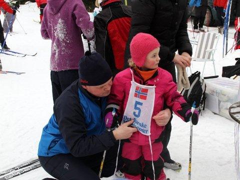 SKIDAG: Søndag er det skidag i Garder med oppmøte utenfor Gardarheim. Bildet er fra en tidligere anledning - en skidag i Garder i 2012.