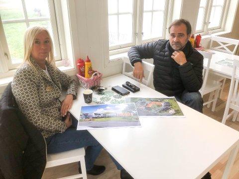 STORE PLANER: Daglig leder Merethe Eriksen og eier Thor Einar Johansen ved Vestby Gjestegård og Hyttepark har store utbyggingsplaner.