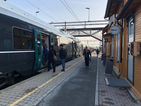BEDRE TILBUD: Vy utvider nå tilbudet sitt på Østfoldbanen.