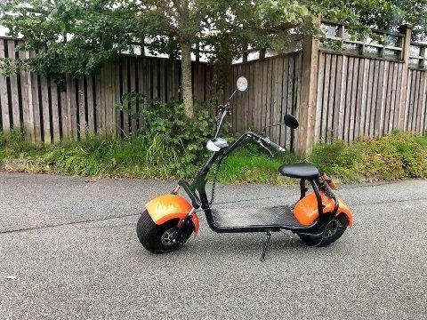 ULOVLIG: Denne er elsparkesykkel er ulovlig i Norge.