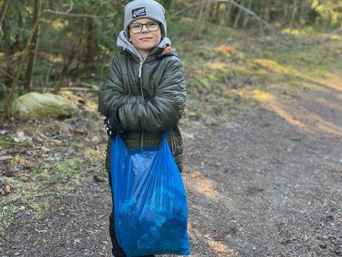 STORFANGST: Bjørlieneleven Sebastian (9) plukket søppel i naturfagstimen mandag.
