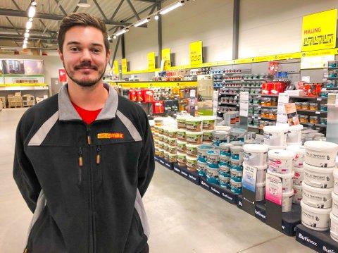 GLEDER SEG: Andreas Andersson har det siste året vært butikksjef i Frogn. I 2020 skal han bygge opp en ny ByggMax-butikk i Vestby nord.